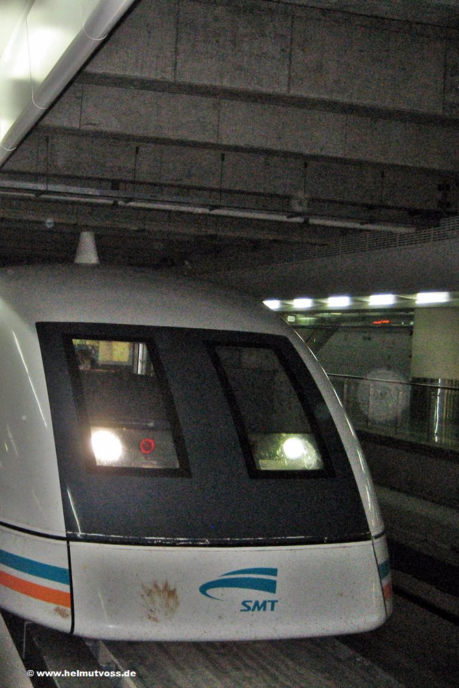 China / Shanghai Maglev Train  Transrapid
