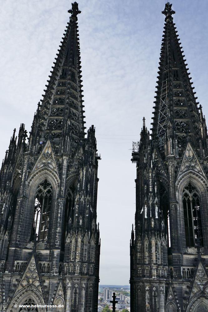 Koln Kolner Dom Dachfuhrung Sakrale Bauwerke Kirchen Kloster